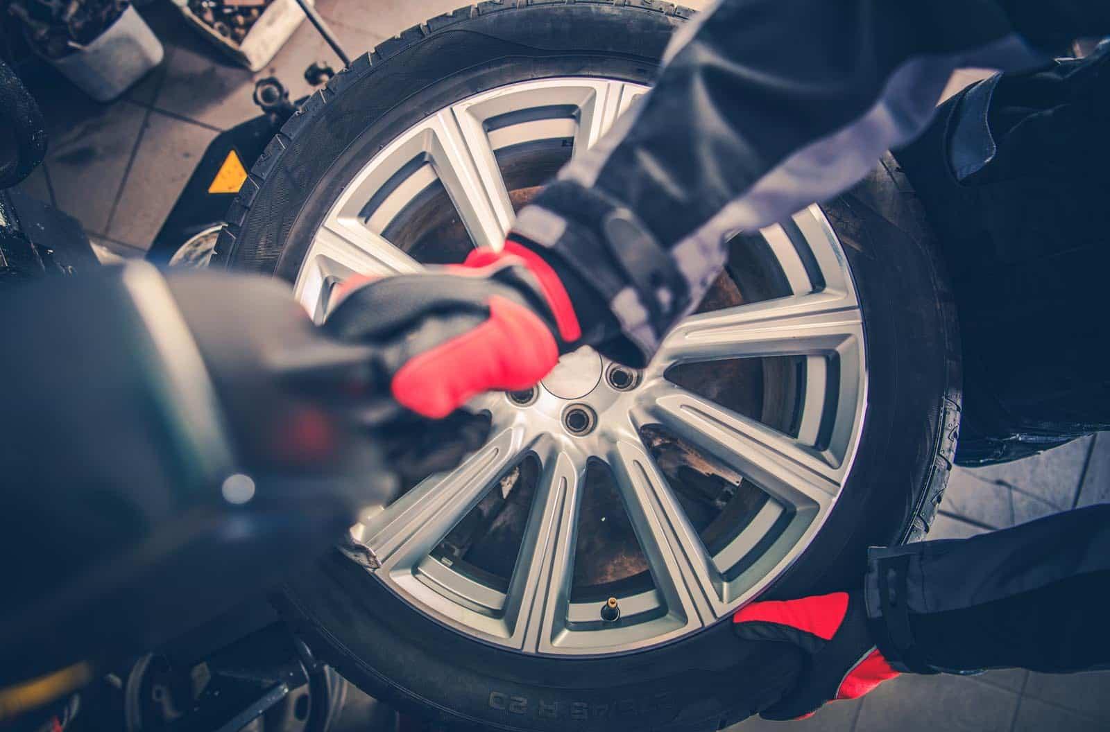 Autó Pátkai- futómű, fékjavítás, lengéscsillapító, zöldkártya, műszaki vizsga, klímaszerviz, olajszerviz, alufelni javítás