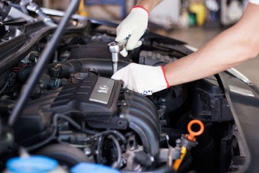 Autószerviz: biztosan elég a kötelező műszaki vizsgálat?